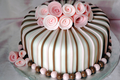 Оригинальный торт для девушки