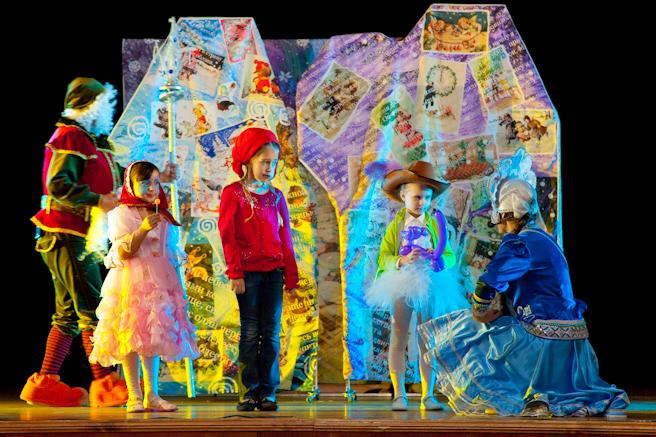 Детский новогодний праздник спектакль