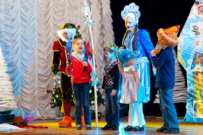 Спектакль с Дедом Морозом