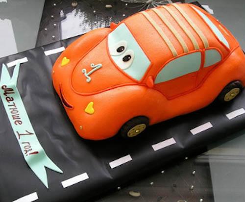 Торт машина Макквин