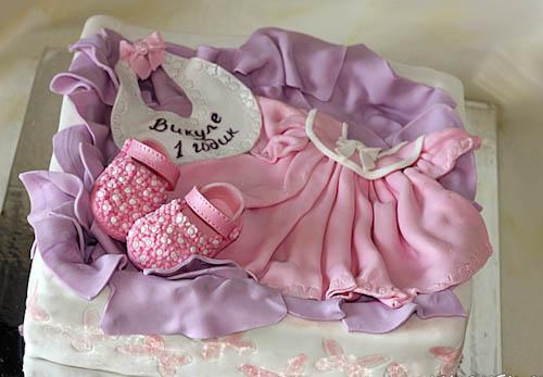 Торт розовое платьице
