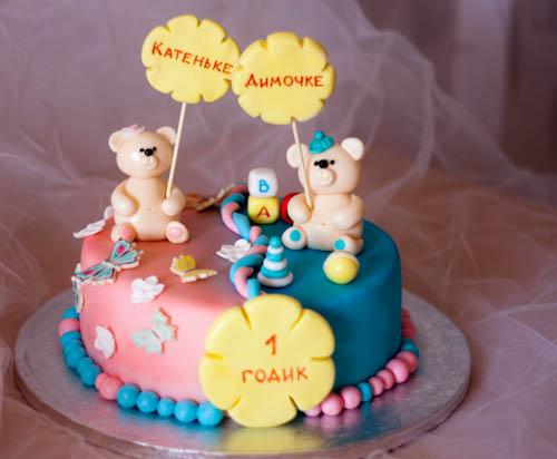 Торт кеды и аист с малышом